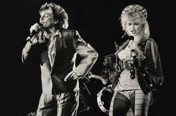 Rod Stewart & Cyndi Lauper at Madison Square Garden