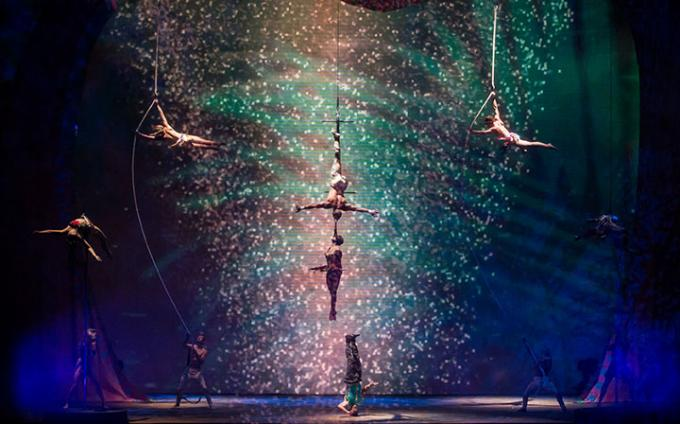 Cirque Du Soleil -Twas The Night Before at Madison Square Garden